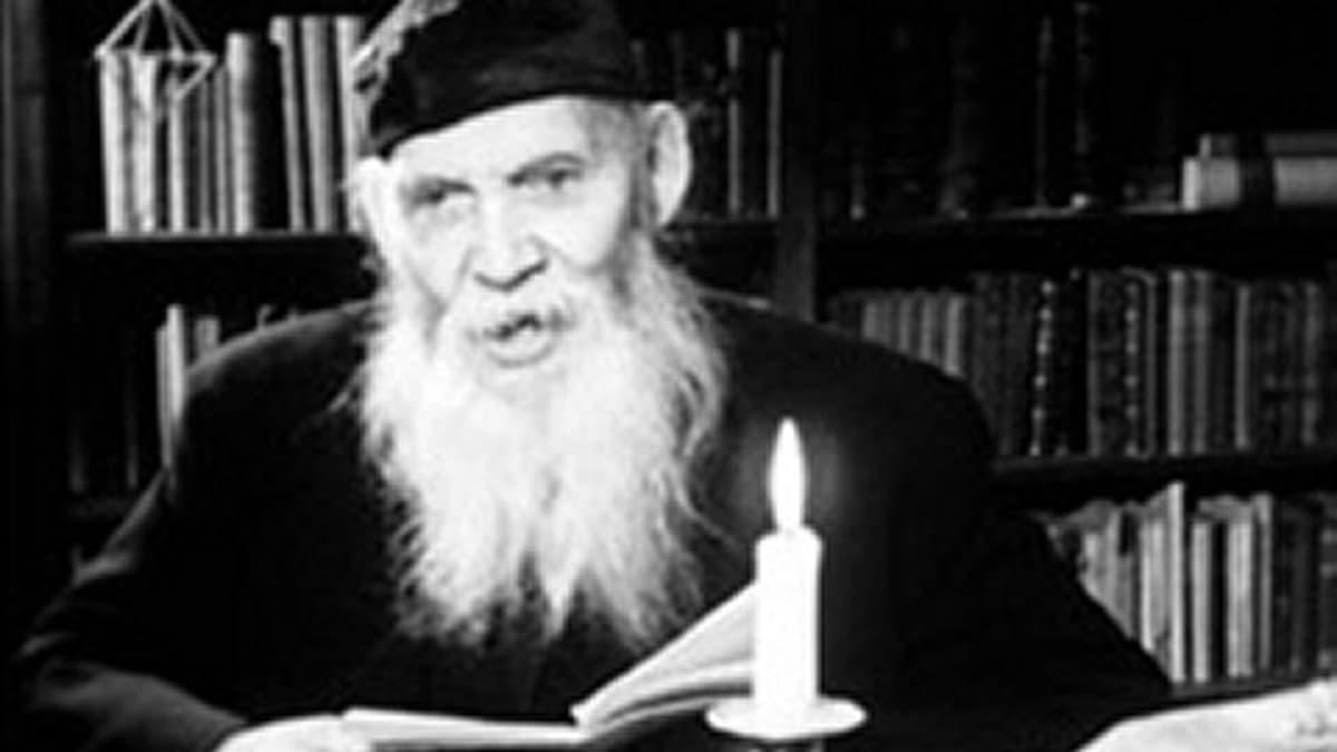 F. E. Sillanpään (1888-1964) joulupakinoita kuultiin radiossa vuosina 1945-1963.