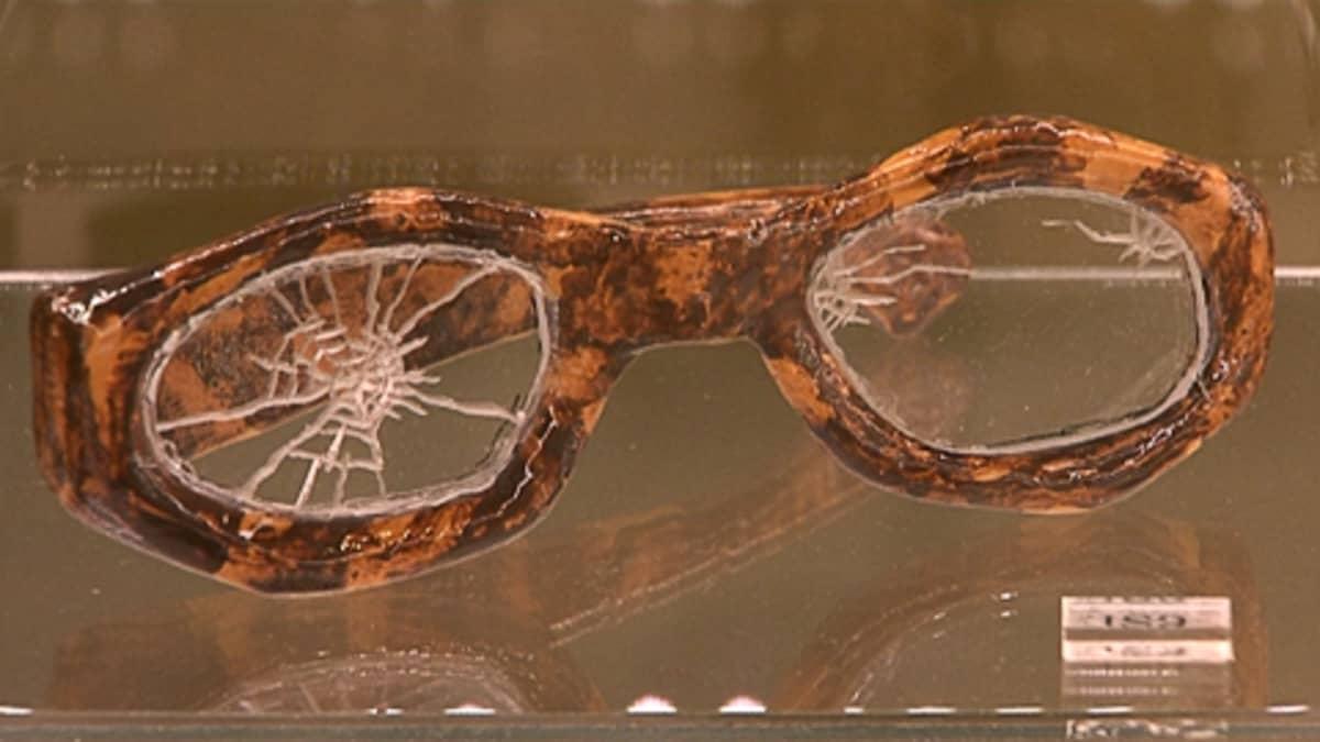 Ruth Menuchinin See the World Through Broken Glasses