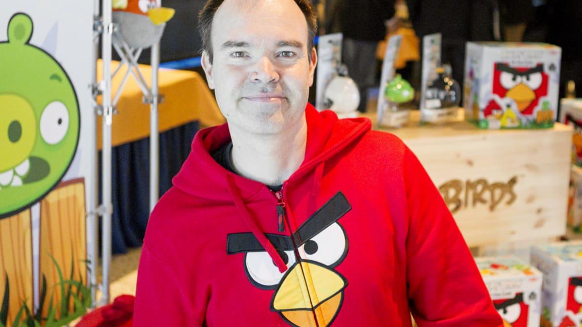 Rovion Peter Vesterbacka Angry Birds Action Gamen -pelin julkistamistilaisuudessa Tampereella.