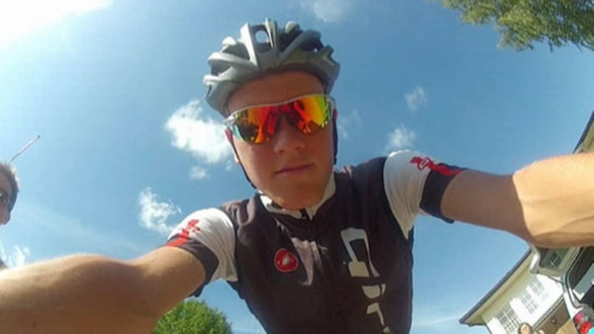 Joonas Henttala on yksi Suomen maantiepyöräilyn lupauksista.