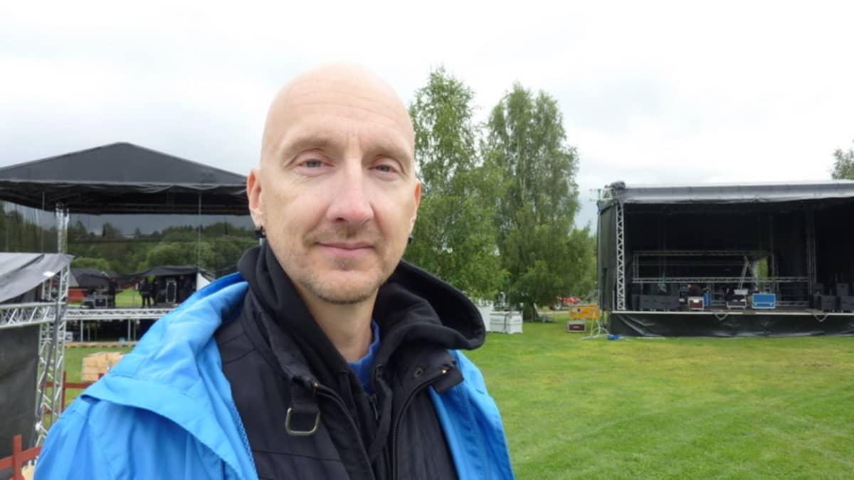 Seinäjoen elävän musiikin yhdistyksen toiminnanjohtaja Harri Pihlajamäki.