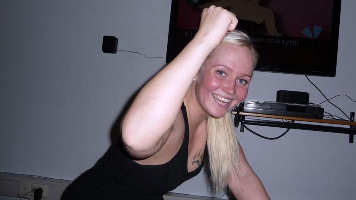 Janika Nousiainen ohjaa karaokespinninkiä