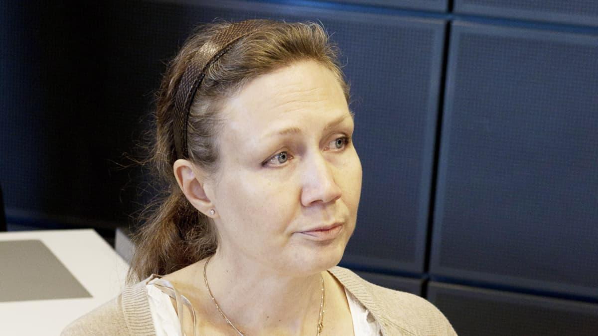 Anneli Auer Varsinais-Suomen käräjäoikeudessa Turussa 29. helmikuuta 2012.