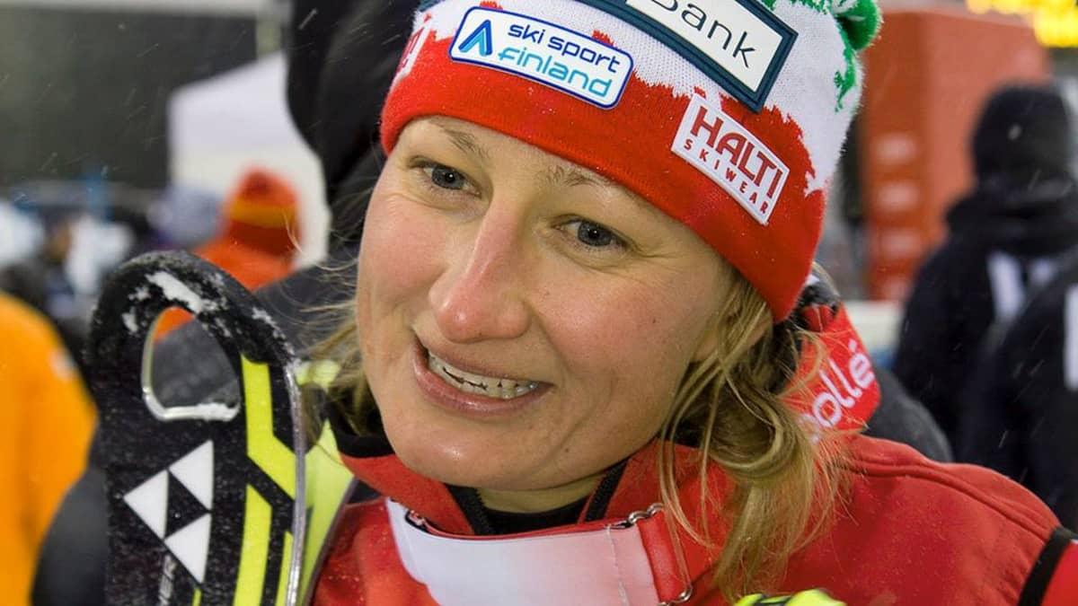 Tanja Poutiainen pujottelun maailmancupin avauskilpailussa Levillä 10. marraskuuta.