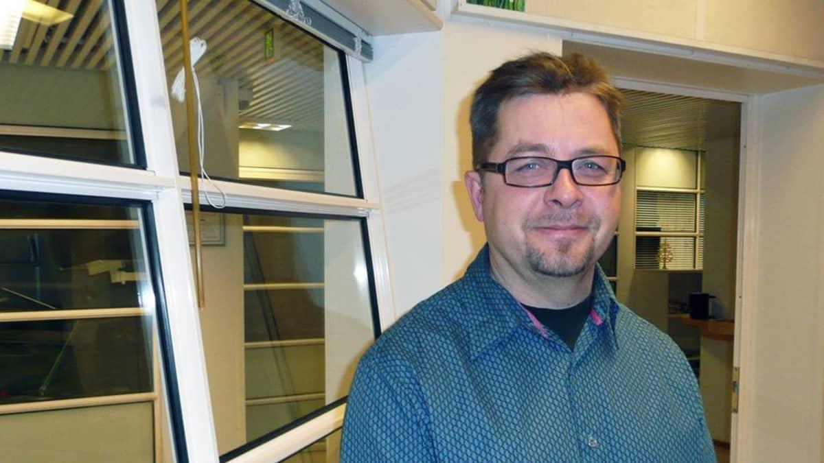 Rovaniemen teatterin johtaja Juha Vuorinen