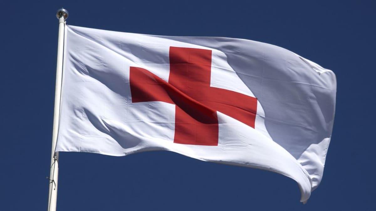 Suomen Punainen Risti kerää turvapaikanhakijoille apua.