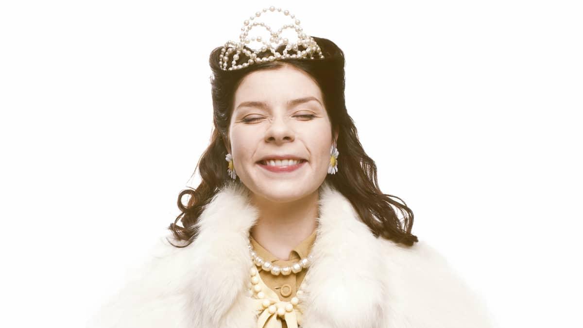 Armi Toivanen näytelmän Prinsessana