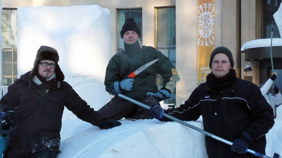 Sää suosii lumenveistäjiä
