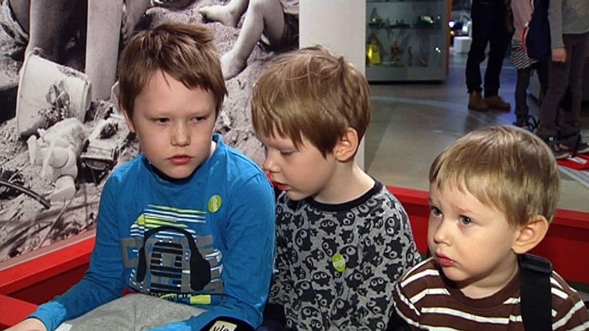 Mio, Jonatan ja Emil Asimont