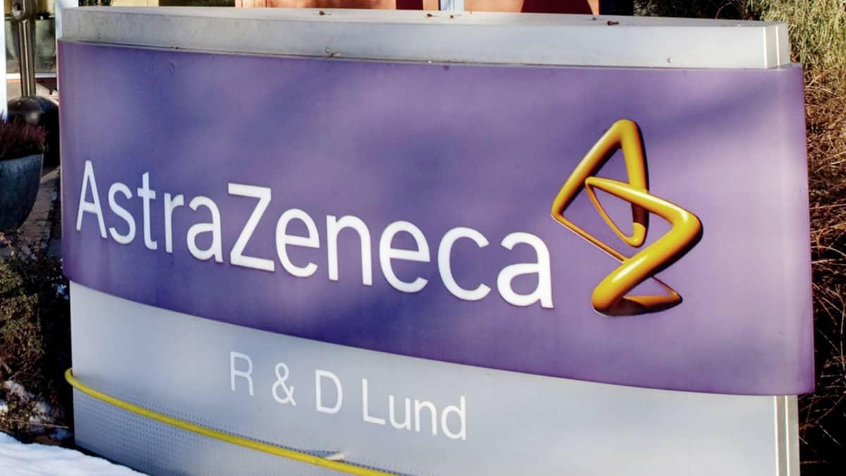 Lääkeyritys AstraZenecan kyltti.