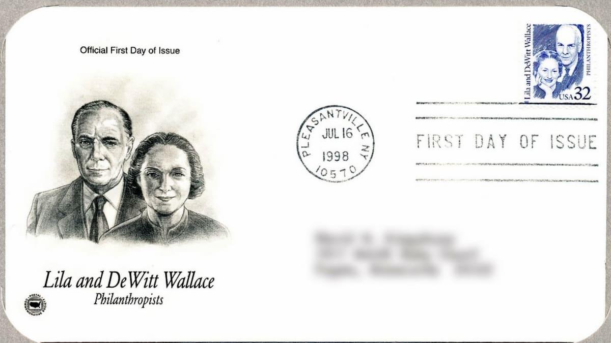 Lila ja DeWitt Wallacen kunniaksi julkaistiin postimerkki vuonna 1989. Perusteissa mainitaan heidän tukensa tieteelle ja taiteelle. Wallace Reader's Digest -rahasto oli jakanut tuohon mennessä apurahoina 2 miljardia dollaria.