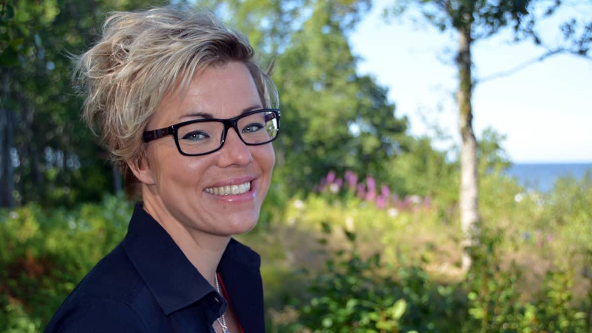 Kuvassa kokkolalainen Sonja Hagström.