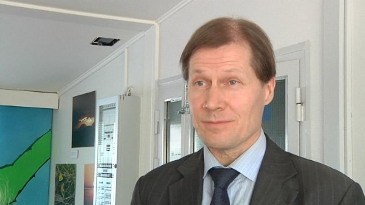 Osastopäällikkö Pentti Lähteenoja maa- ja metsätalousministeriöstä