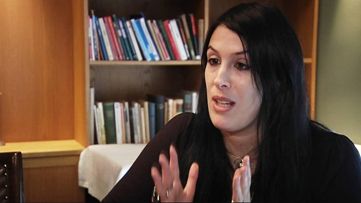 Rhianna Bratchett.
