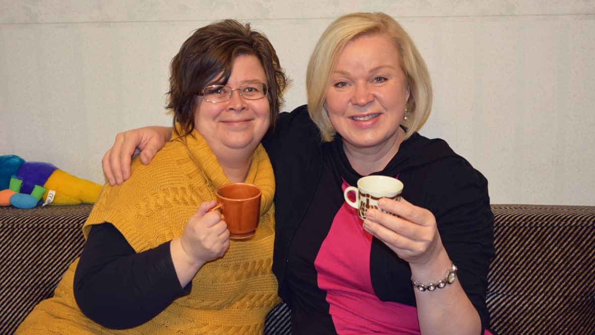 Anne Matilainen ja Marikka Luukkonen