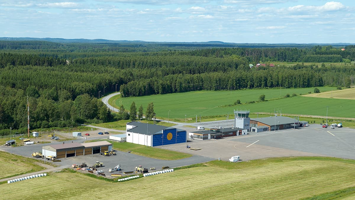 Varkauden lentoasema on pienehkö lentokenttä, joka sijaitsee Joroisten kunnassa.