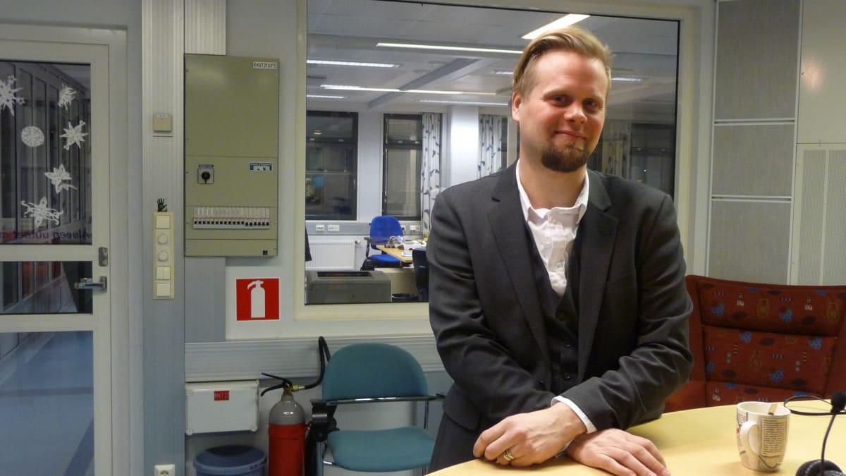 Kasvatusjohtaja Ville Nisonen erityisnuorisokoti Nummelasta muistuttaa alan ammattilaisten kumppanuuden tärkeydestä.
