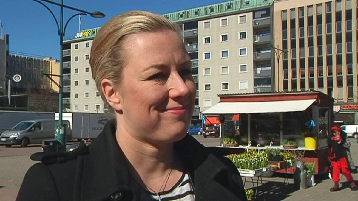 Jutta Urpilainen Porissa 9.4.2014.