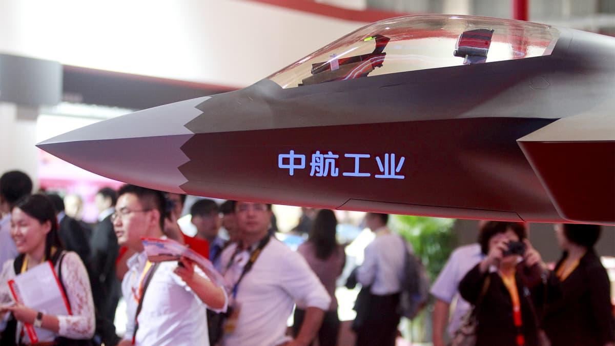 Kiinalaishävittäjän malli.