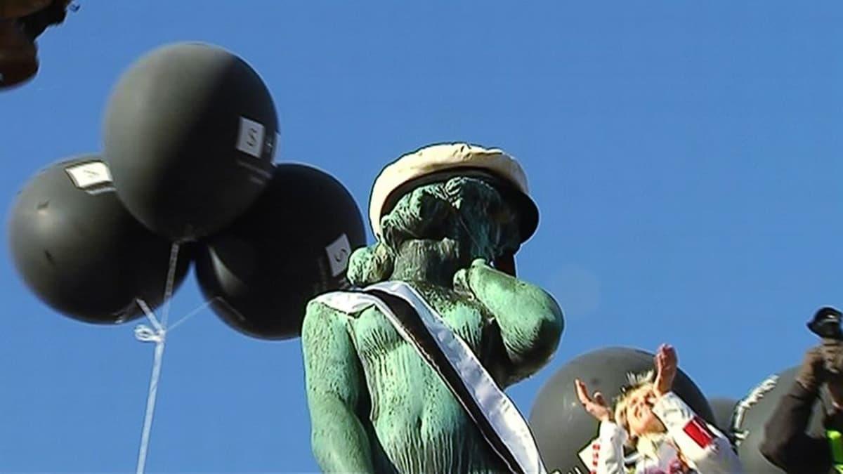 Havis Amandan patsas oli aikansa kohuteos, jota pidettiin riettaana.