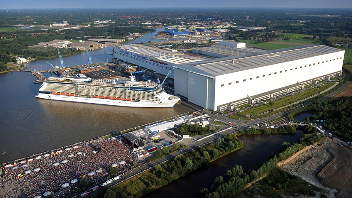 Meyer Werft -yhtiön telakka Papenburgissa.