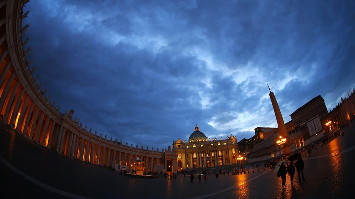 Pyhän Pietarin kirkko Vatikaanissa.