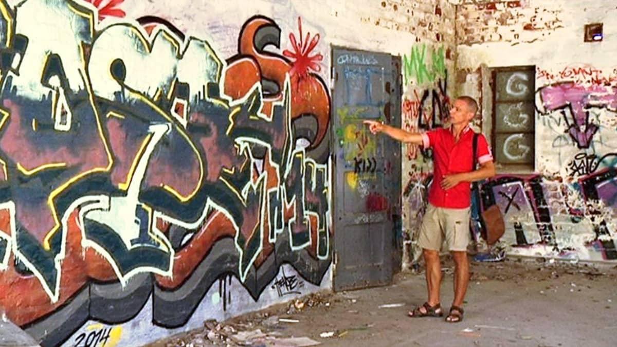 Kirjailija Jari Järvelä syventyi uudessa kirjassaan graffitien maailmaan