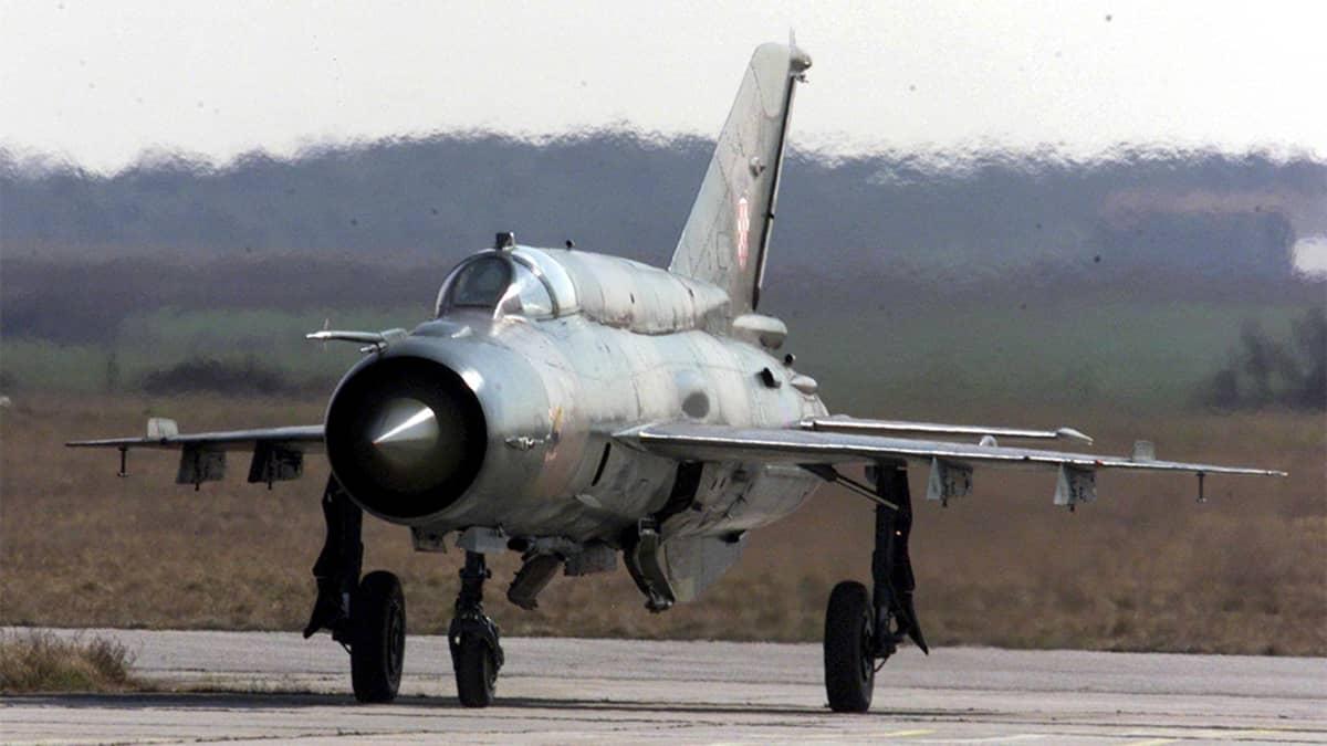 MiG-21 -hävittäjälentokone.