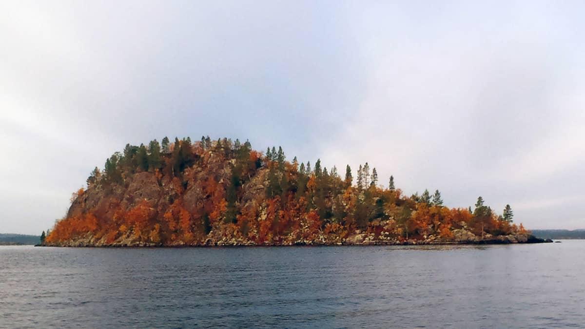 Ukonkivi, Inarijärvi
