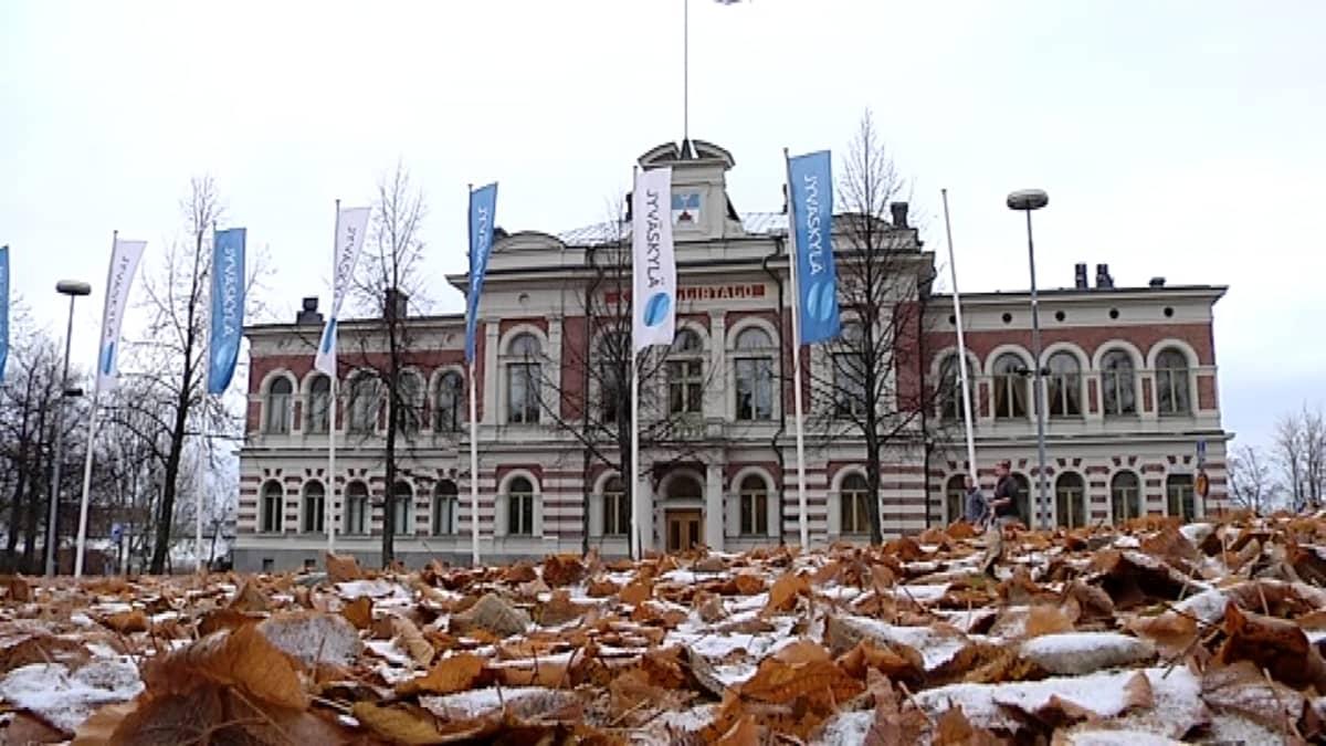 Jyväskylän kaupungintalo kuvattuna lokakuussa 2014