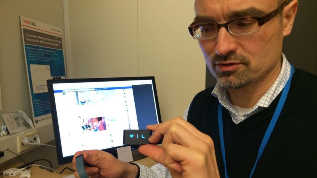 TTY:n tutkija Harri Honko esittelee unimittareita