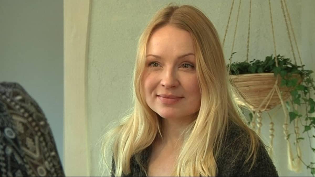 Kolttasaamelainen elokuvantekijä Katja Gauriloff