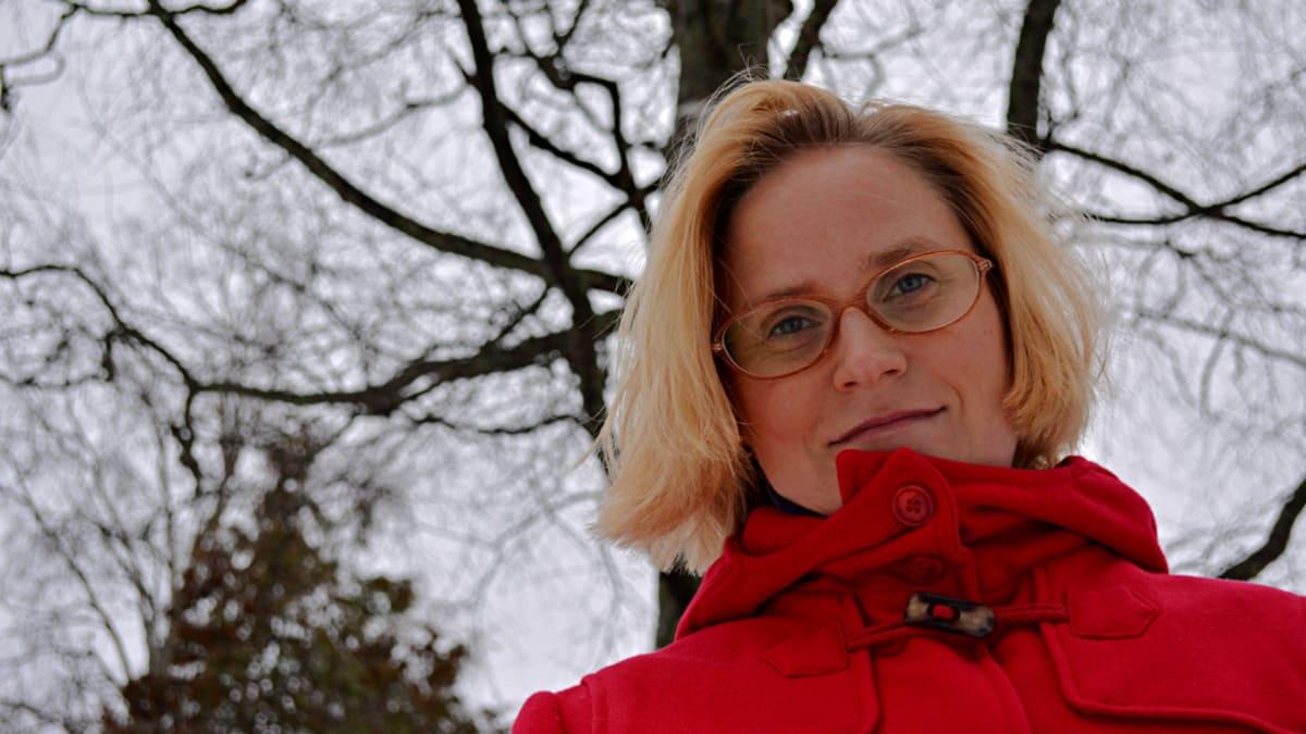 Kulttuuriantropologi Satu-Maarit Myllyniemi etsii Kainuusta aarteita.