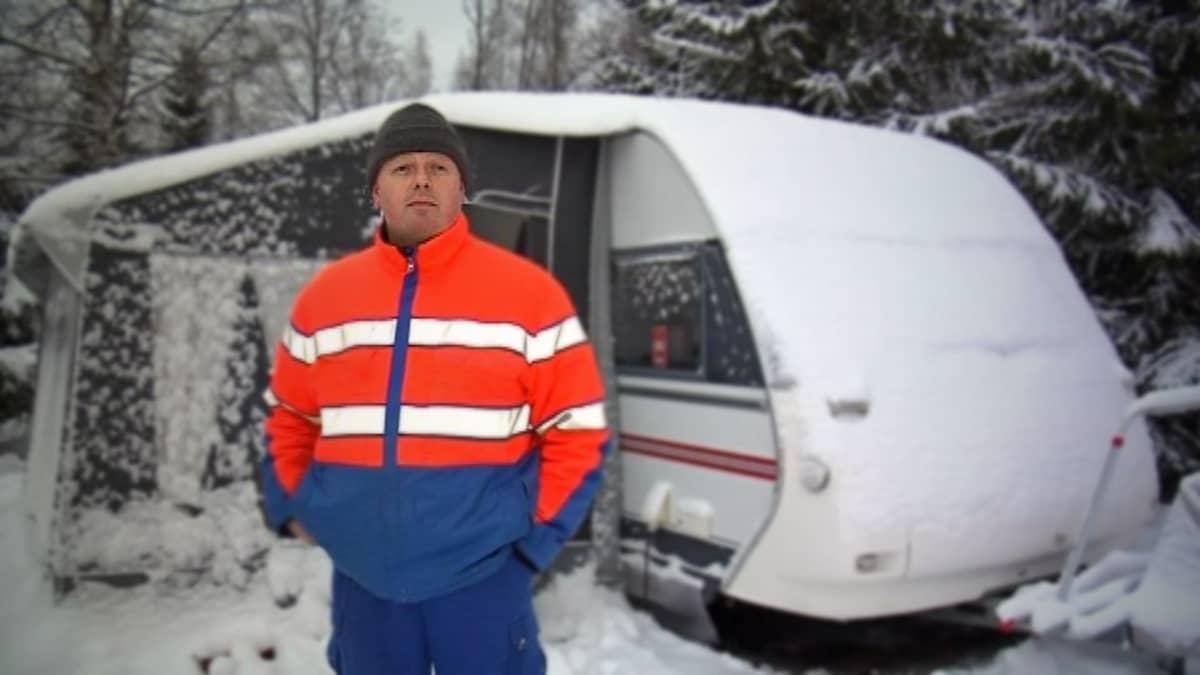 Yleensä heinäkuussa Markku Partanen matkustaa asuntovaunun kanssa noin 1500 kilometriä.