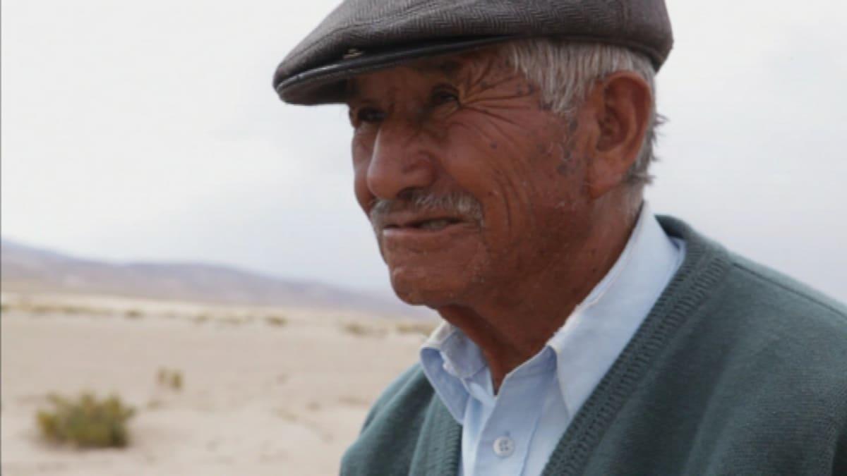Viljelijä Fermin Lunan perheen elintaso on noussut huomattavasti kvinoan maailmanlaajuisen kysynnän vuoksi.