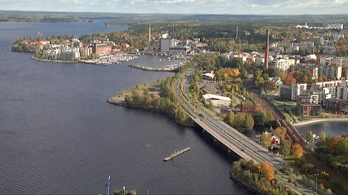 Ranta-Tampellan Aspinniemi. Rakentaminen alkanee keskeltä.