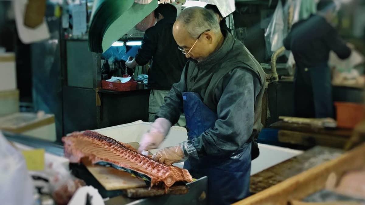 Tsukijin kalatori.