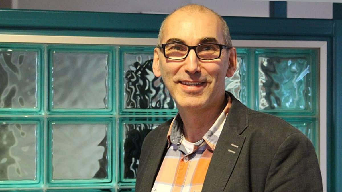 Professori Juha T. Hakala.