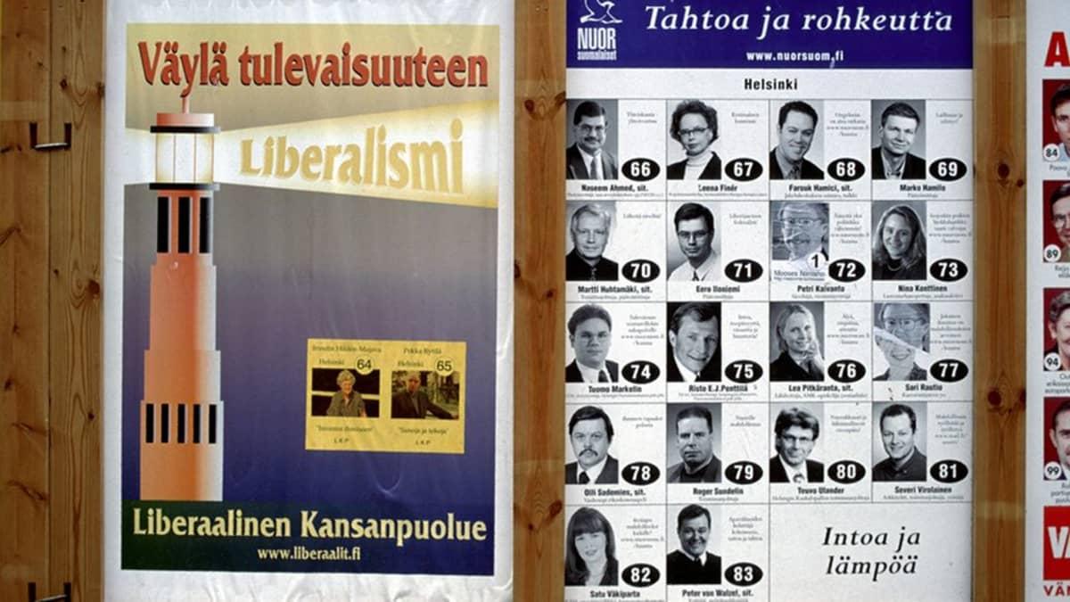 Liberaalisen Kansanpuolueen ja Nuorsuomalaisten vaalijulisteet eduskuntavaaleissa 1999.