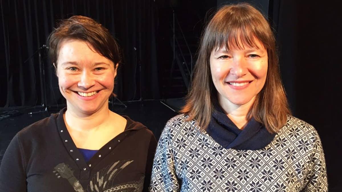 Kira Riikonen ja Lucy Guerin.