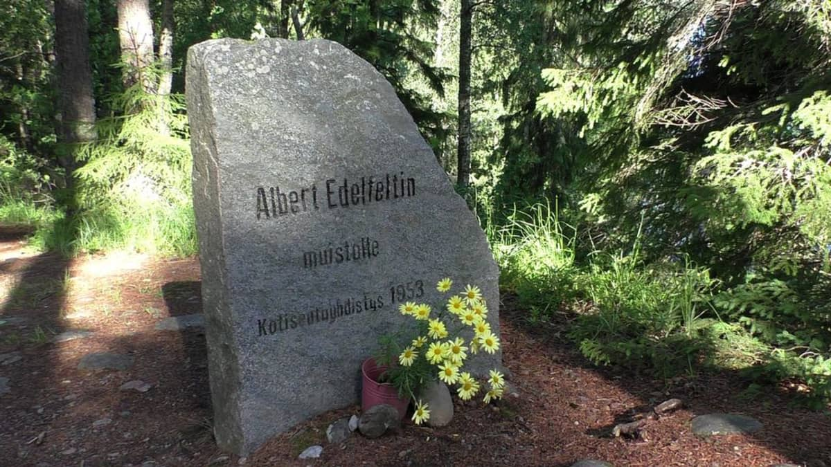 Albert Edelfeltin muistokivi Tammelassa.