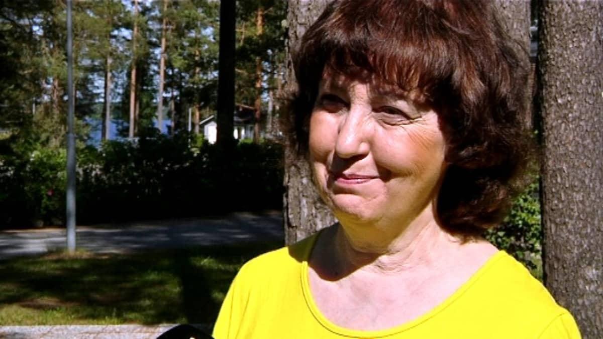Kustannus Oy Rajatiedon toimitusjohtaja Arja Kuningas.