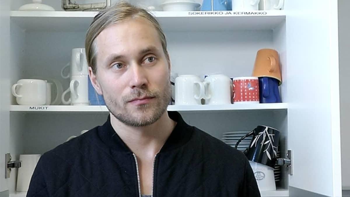 Lyömäsoittaja Tatu Rönkkö