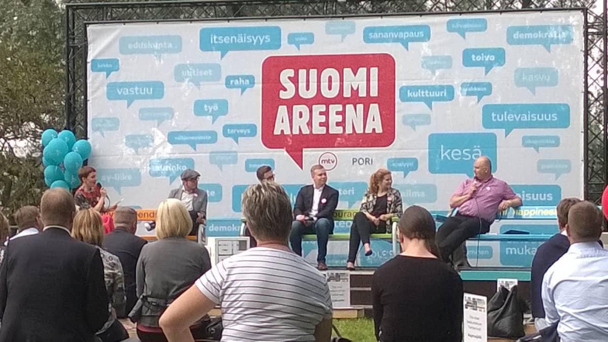 SuomiAreenan mediakeskustelu