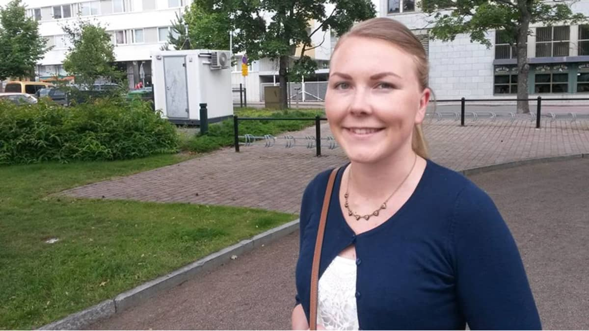 Anni Salmi tutki gradussaan Kouvolan seudun rakennemuutosta