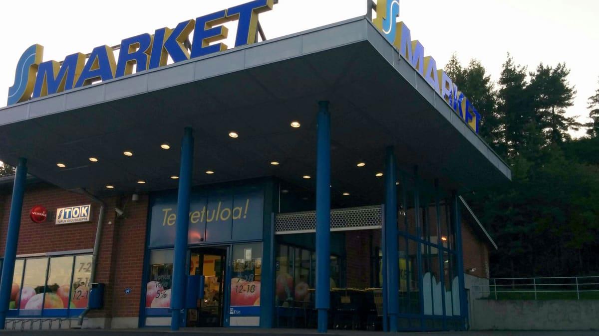 S-Market Turun Pansiossa