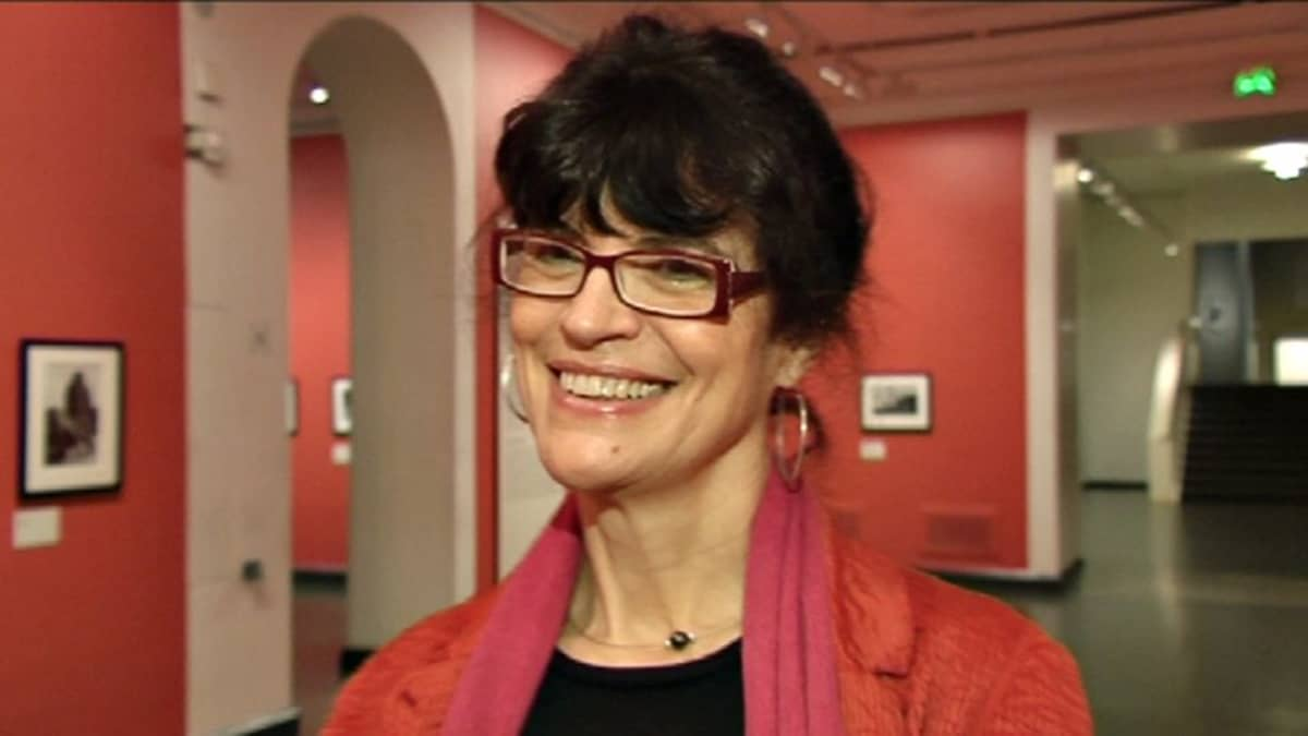 Fondation HCB:n johtaja Agnes Siré.