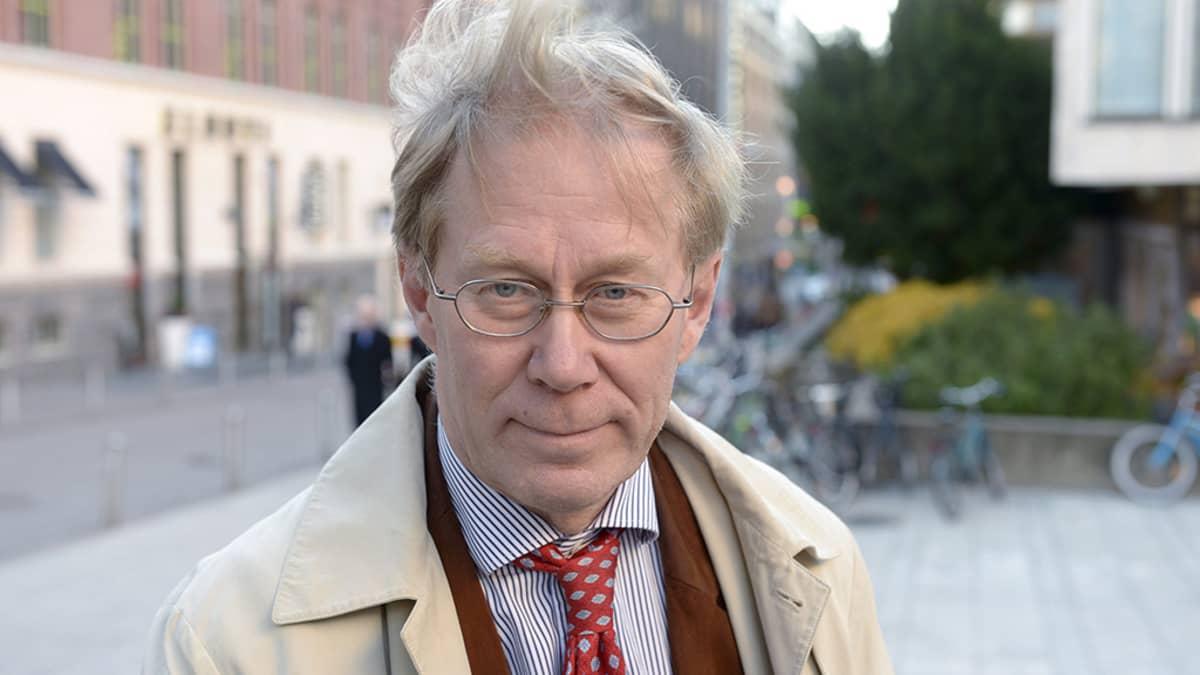Heikki Halila, Professori Helsingin yliopisto.