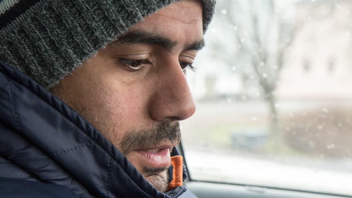 Prinssi Rami Jaber autossaan.