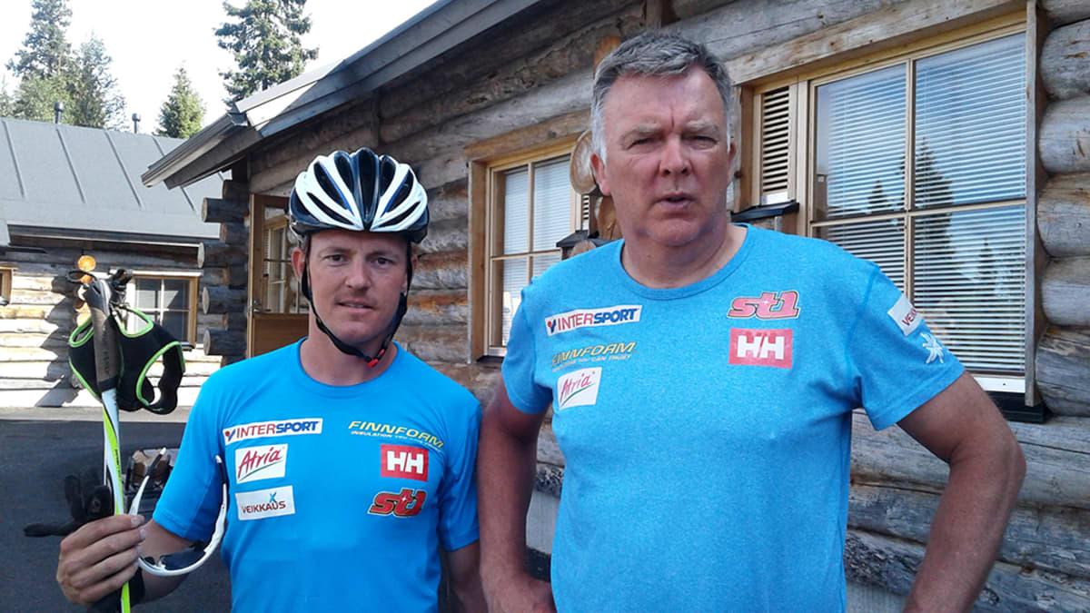 Sami Jauhojärvi ja hiihdon päävalmentaja Reijo Jylhä
